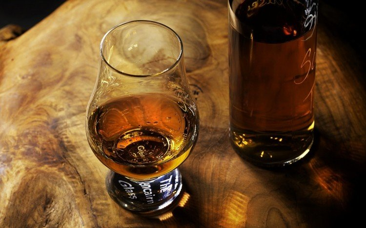 whisky w butelce