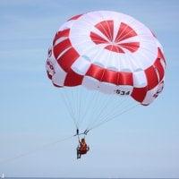 Parasailing – co zrobić aby latać?