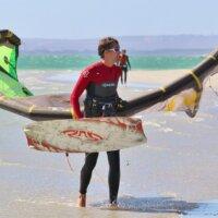 Jak dobrać latawiec i deskę do kitesurfingu?