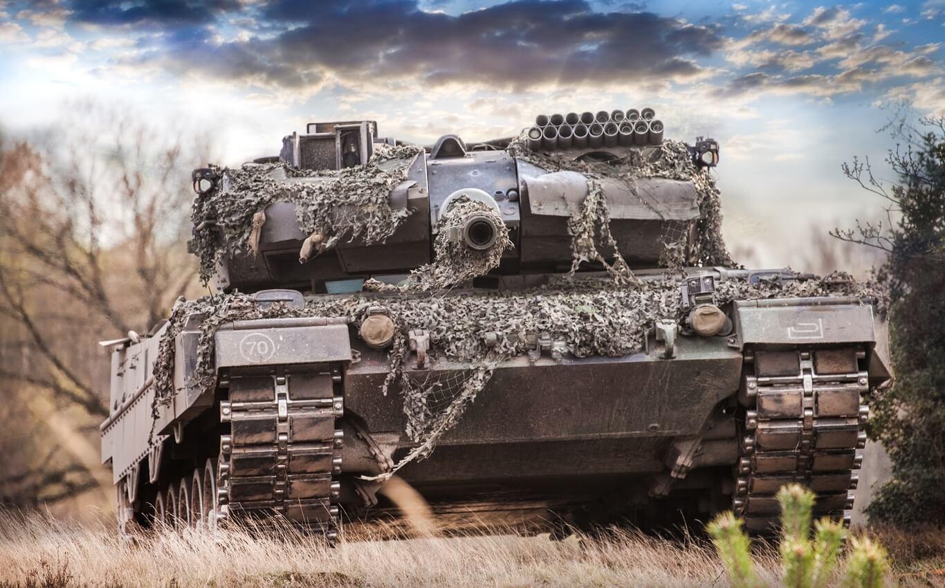 czołg niemiecki widok z przodu