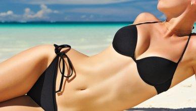 szczupłe ciało w bikini