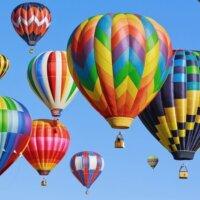 Blisko 100 balonów przeleciało nad kanałem La Manche