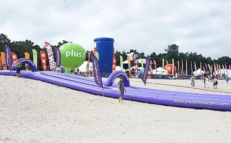 slide prezentmarzeń na plaży w łebie