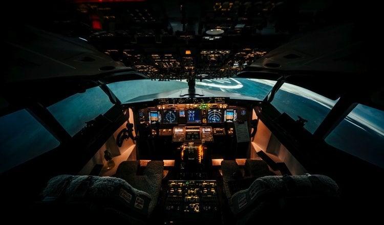 Symulator lotu samolotem pasażerskim