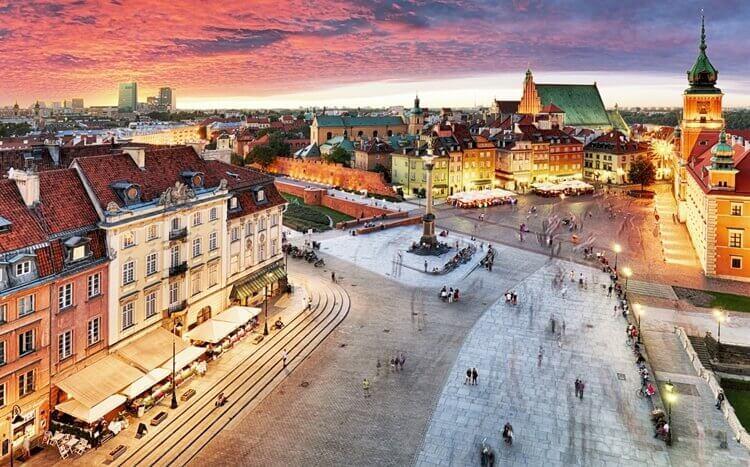 panorama starego miasta wwarszawie