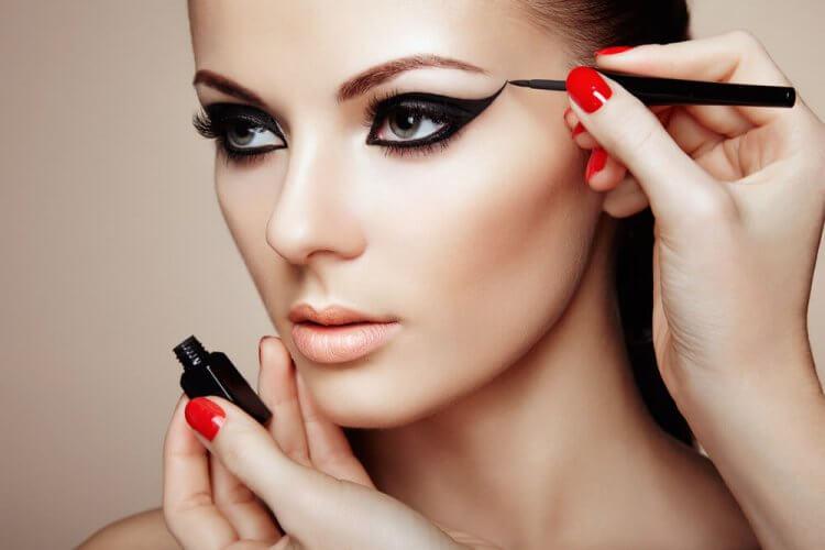 Nauka make-upu