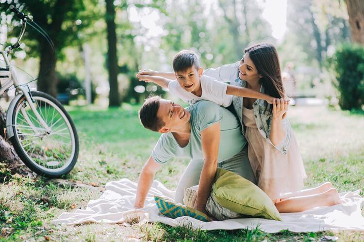 rodzinna sesja zdjęciowa w parku