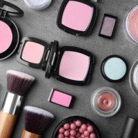 Pomysły na prezent dla miłośniczki kosmetyków