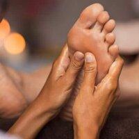 Refleksologia – masaż stóp lekiem na różne dolegliwości?