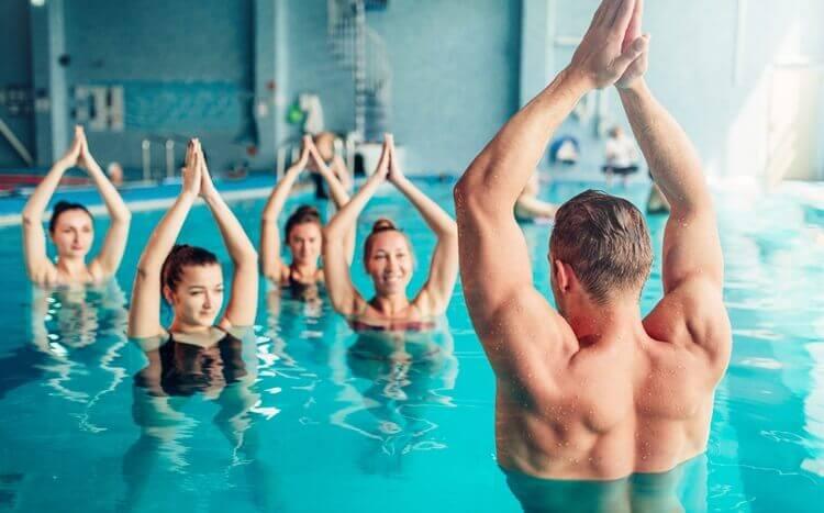 zajęcia aqua fitness nabasenie