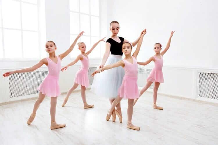 lekcja baletu dla dzieci